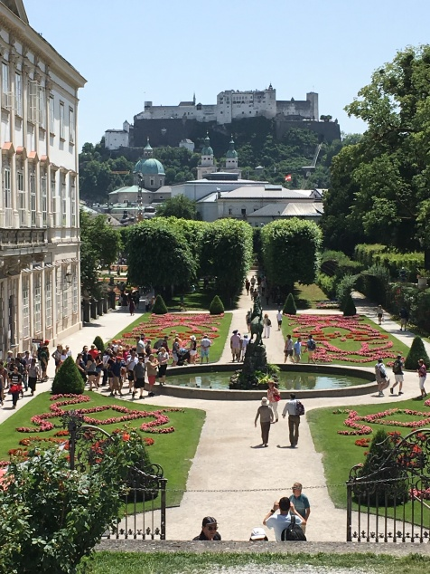 Saltzburg 6 Mierabel Garten
