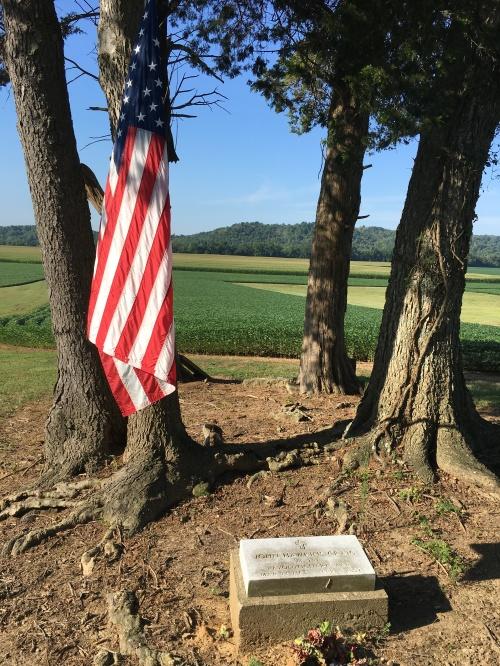 Rev war grave on 338